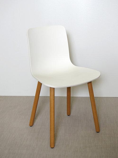 Krzesło Vitra HAL Wood White