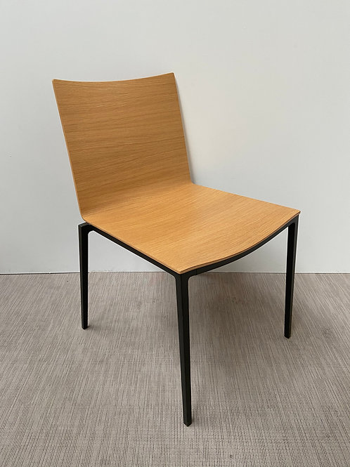 Krzesło Lammhults 006 Black base Wood seat