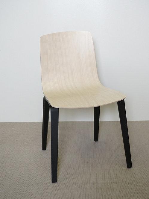 Krzesło Arper Aava Black