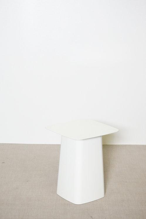 Stolik Vitra Metal side biały