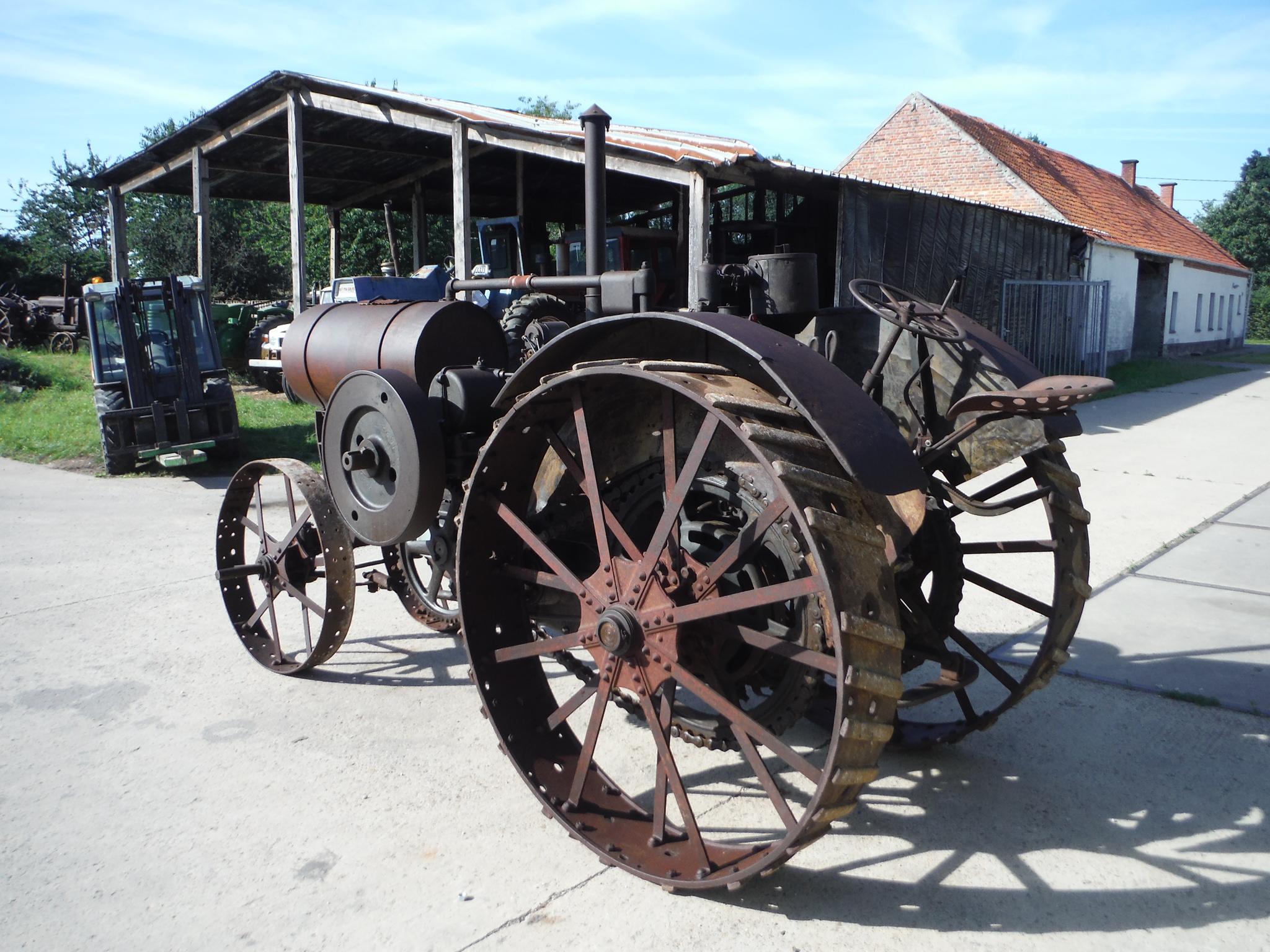 1919 Titan 10-20 TV30904