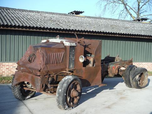 1925 Mack AC Dump truck