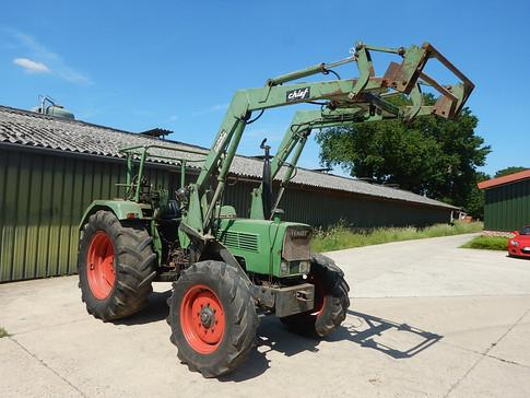 Front end loader off a Fendt Farmer 108S