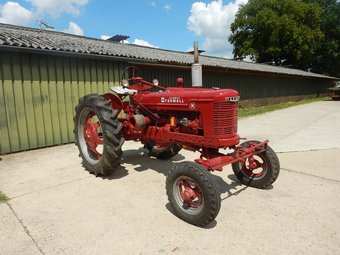 1948 Farmall H #294168