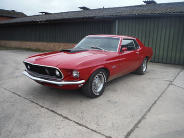 1969 Ford Mustang V-8