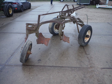 David Bradley 2 bottom plow