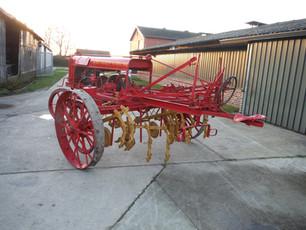 ca 1917 Avery Motor Cultivator