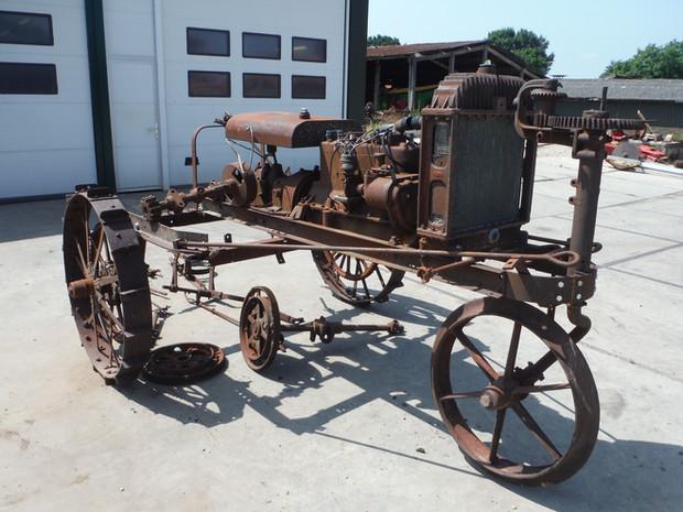 Ca 1920 Avery Motor Cultivator
