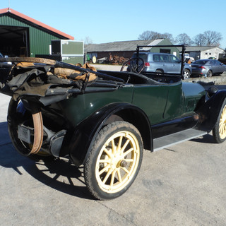 1916 Buick D45