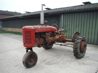 1940 Farmall B # 16006