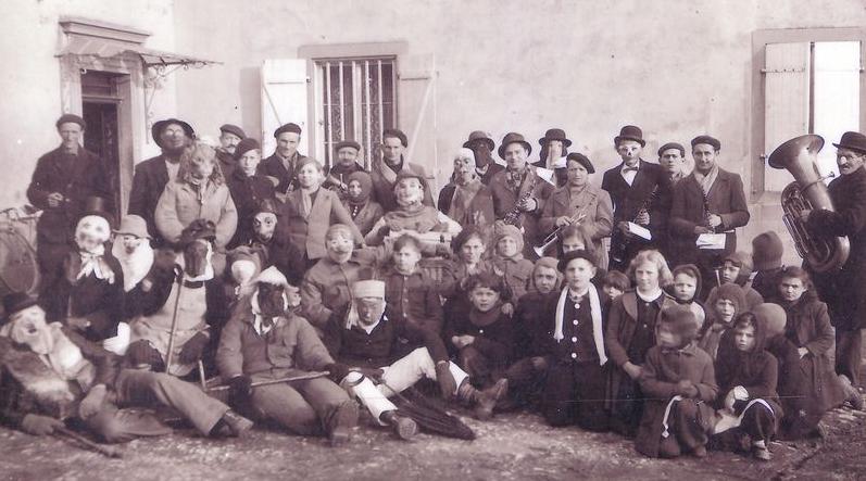 Année 1960 - Carnaval à Saulny