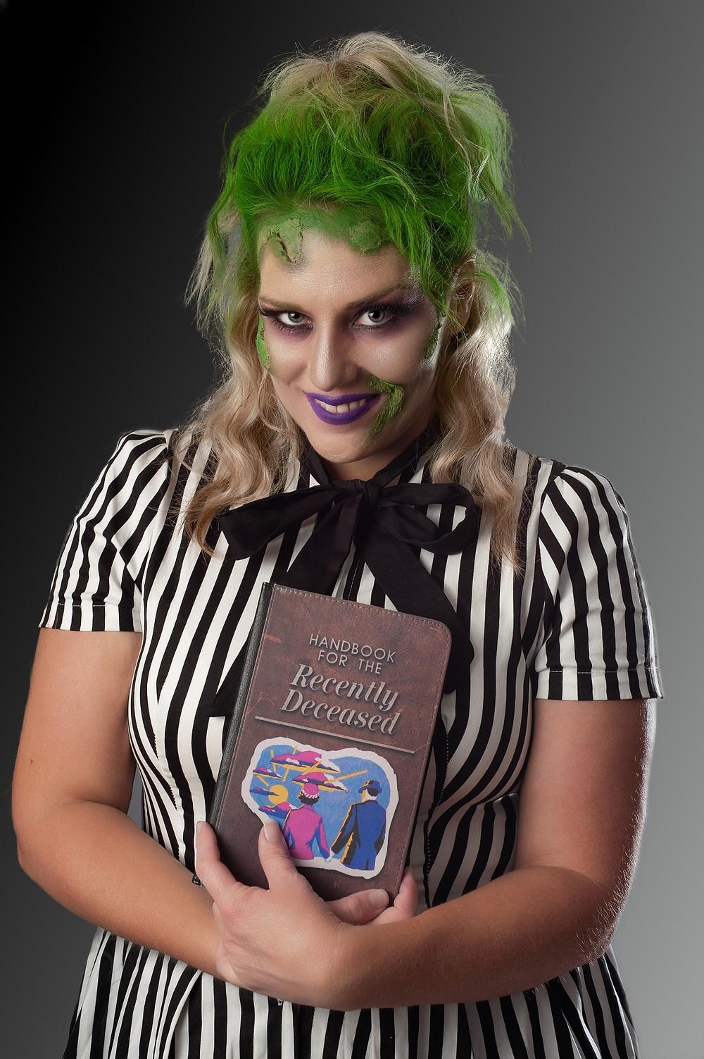 Character portrait of lady Beetlejuice