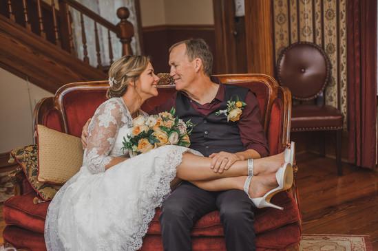 Wedding Couple Cedar House Inn