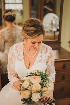 Cedar House Bride Getting Ready