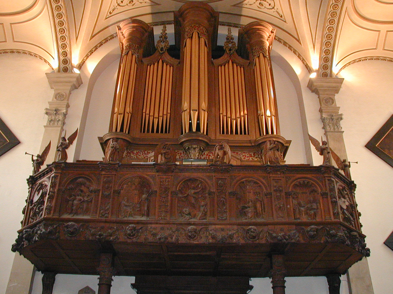 Organ-view from center church looking up (orange)