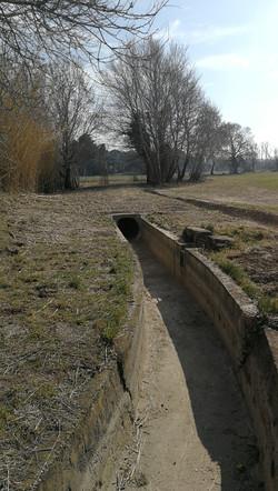 Busage de l'ancien canal