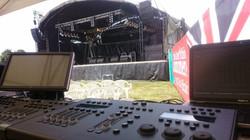 Alans trailer stage with flown line arra