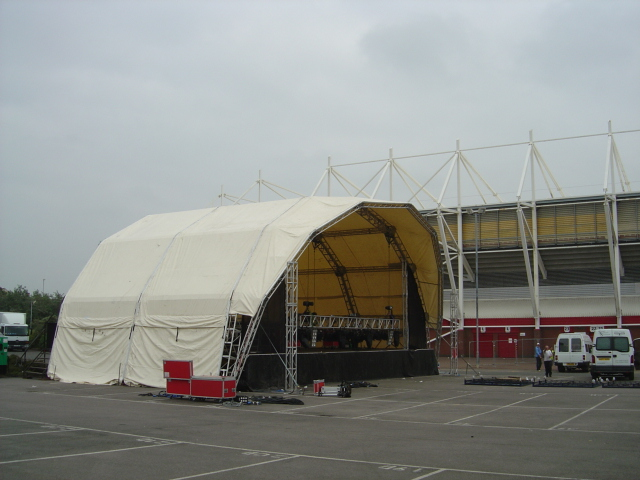 20m dome covered stage
