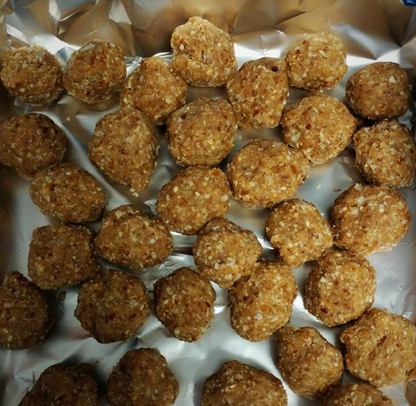 Vanilla Coconut Energy Balls