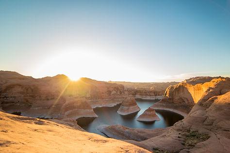 砂漠の日没