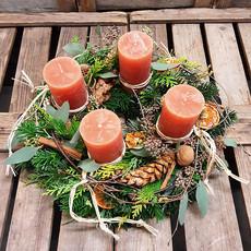 Galerie_Adventkranz_orange Kerzen.jpg