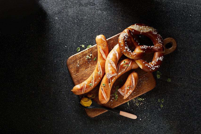 sausages; bockwurst