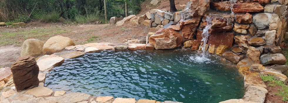 Cottage plunge pool 2.jpg