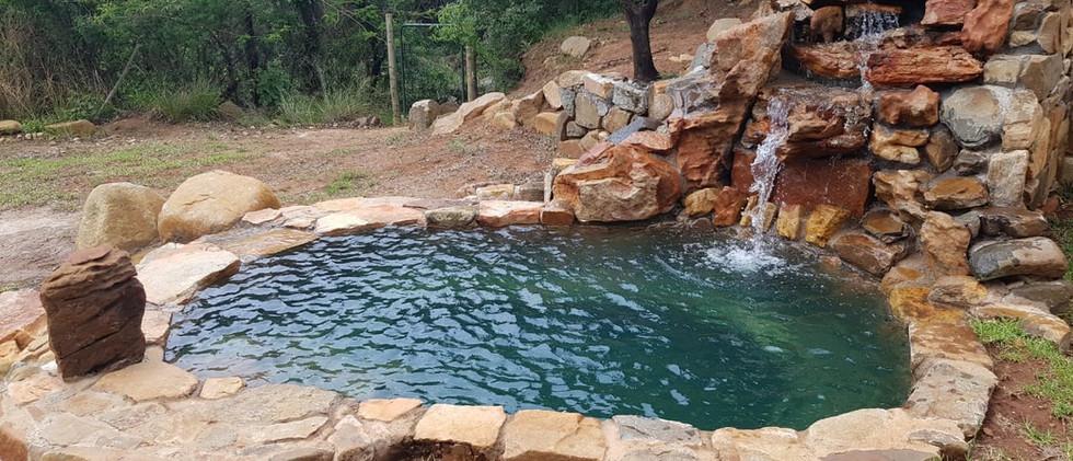 Cottage plunge pool 2.jpg