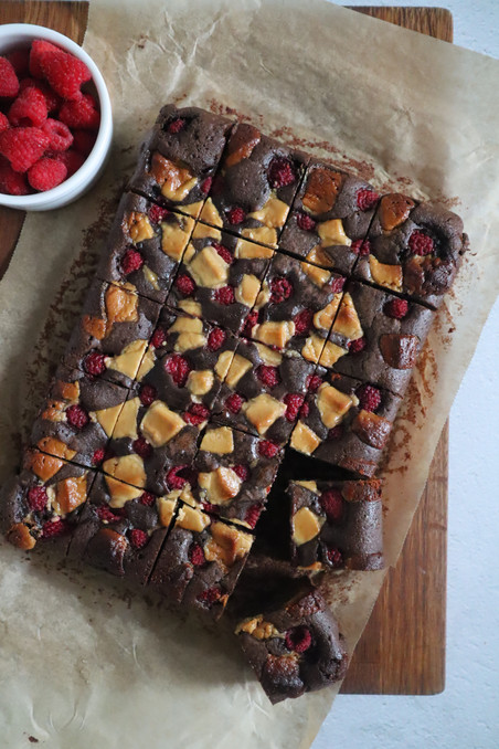 Raspberry and halva fudge brownies
