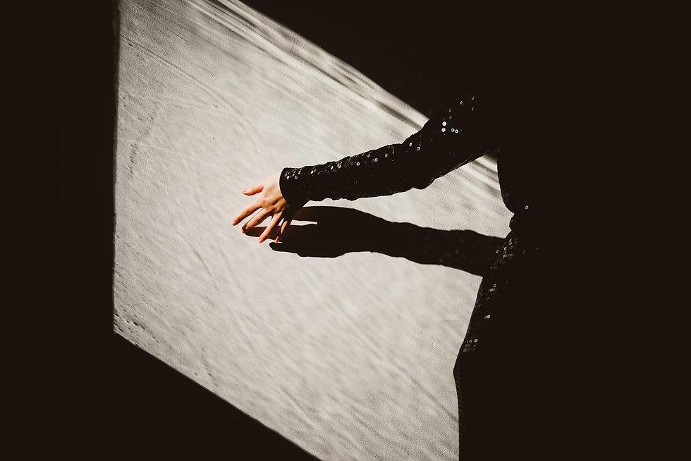 blackdress6.jpg