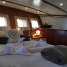 master cabin.jpg