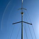 mast mounted radar antena.jpg
