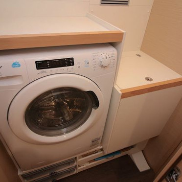Jeanneau 54 - washer machine ss.jpg