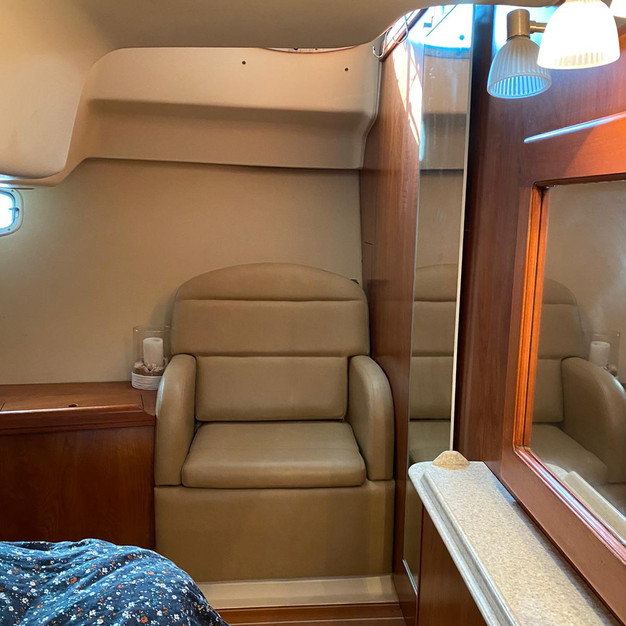 owners cabin seat.jpg