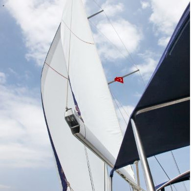 Sails in good condition.JPG