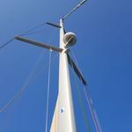 mast with radar antena.jpg