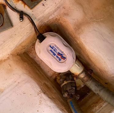 Bildge pump.jpg
