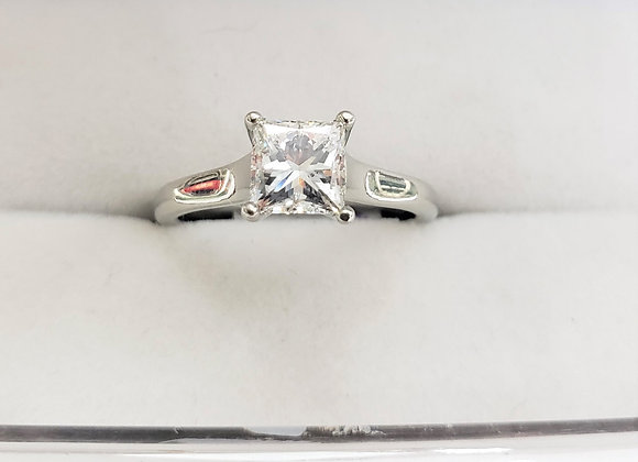 14kt Princess Cut Diamond 1.02ct