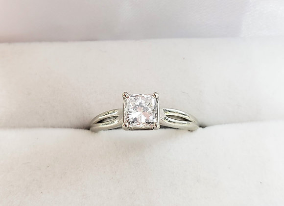 14kt Princess Cut Canadian Diamond 1.01ct