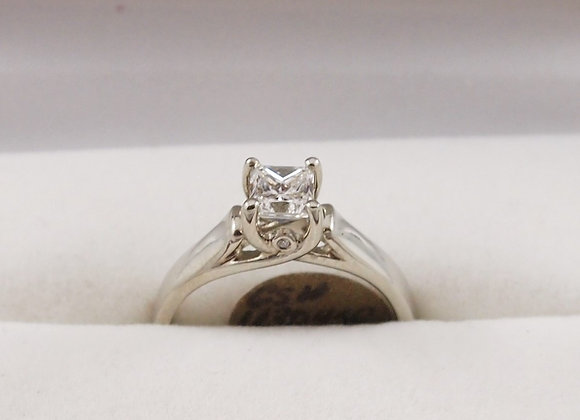 14kt 0.71ct Diamond Solitaire