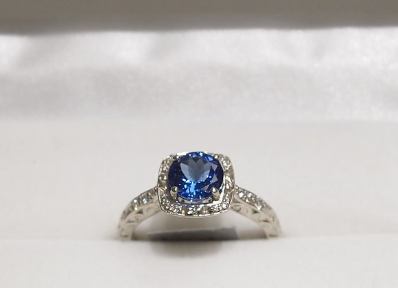 14kt Tanzanite & Diamond Ring