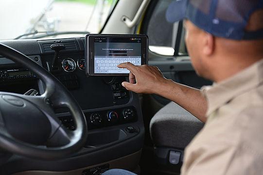 trucker-electronic-logging-device.jpg