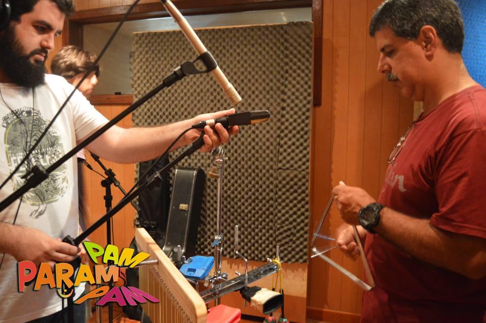 Microfonando a percussão