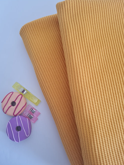 Waffle knit in yellow