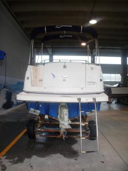 Rinker 250 Express Cruiser img12