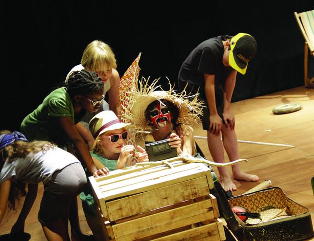 L'île de La Mortadelle - théâtre des valises