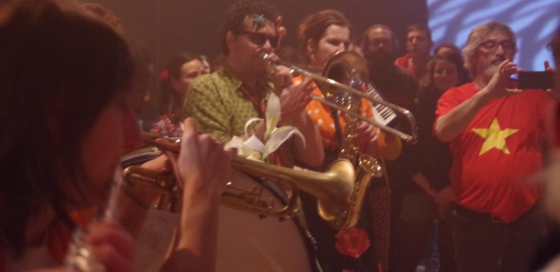 La Fanfare demi-écrémée à la soirée Carte blanche à Surboum Torride