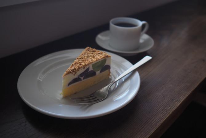葡萄のレアチーズケーキ