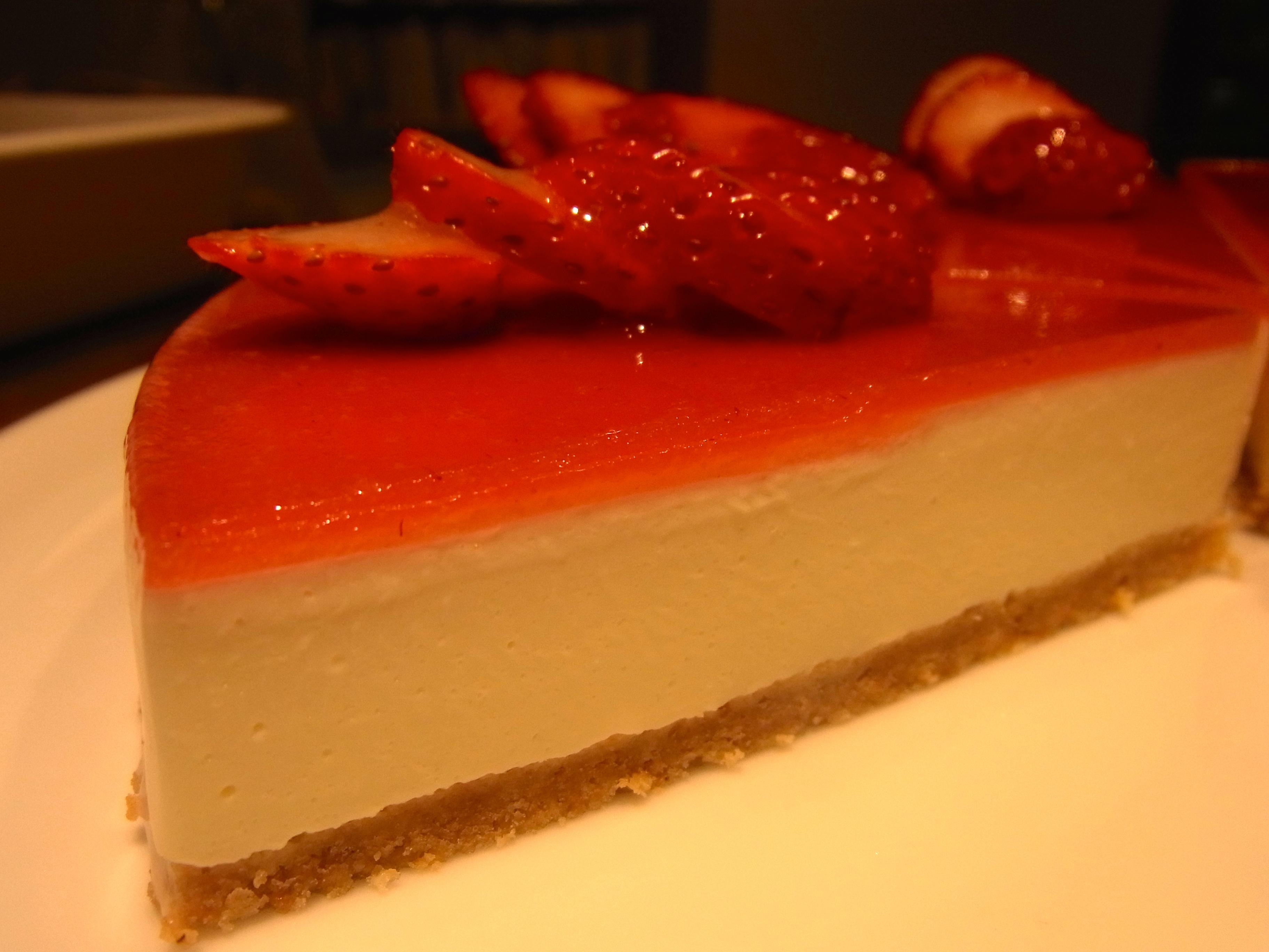 2015.3.16 苺のレアチーズケーキ
