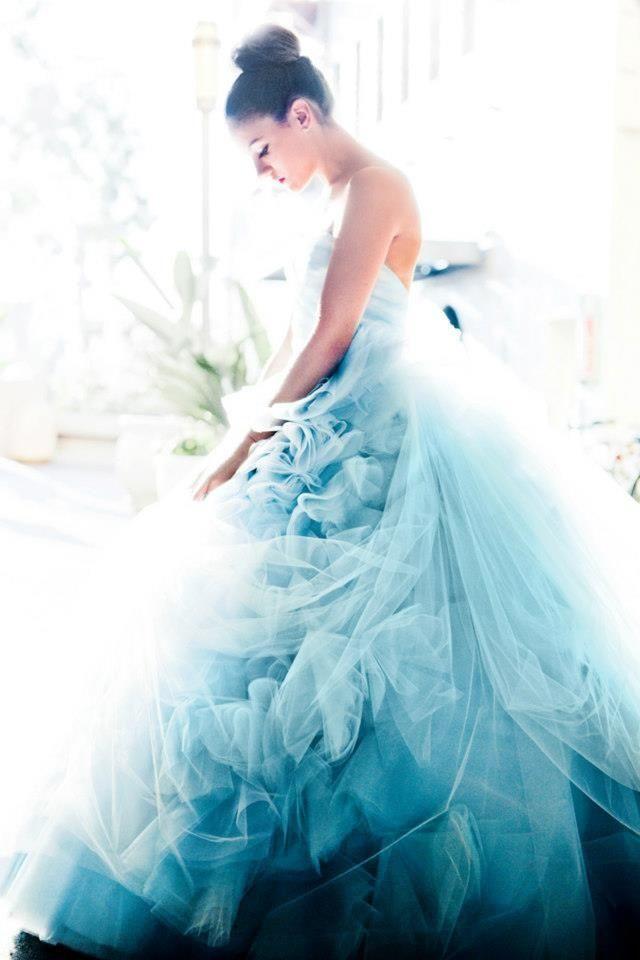 Pastel Wedding   תכלת שמיים מרגיע